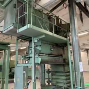 AUTEFA bale press - 517 2